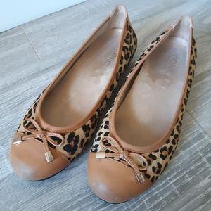 Vionic Shoes - Vionic leopard loafer slip on size 8.5